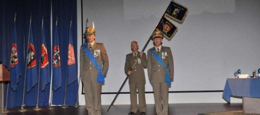 Un giornalista al comando: l'ufficiale degli Alpini, Luigi Usai, nuovo comandante…