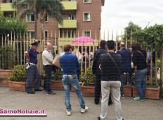 """""""Vogliamo documenti ed asilo politico"""". Immigrati tengono in ostaggio per 4 ore un dipendente dell'hotel"""