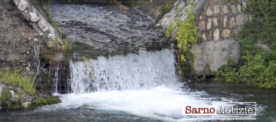 """Sarno: """"no"""" all'acqua privatizzata e tariffe più basse"""
