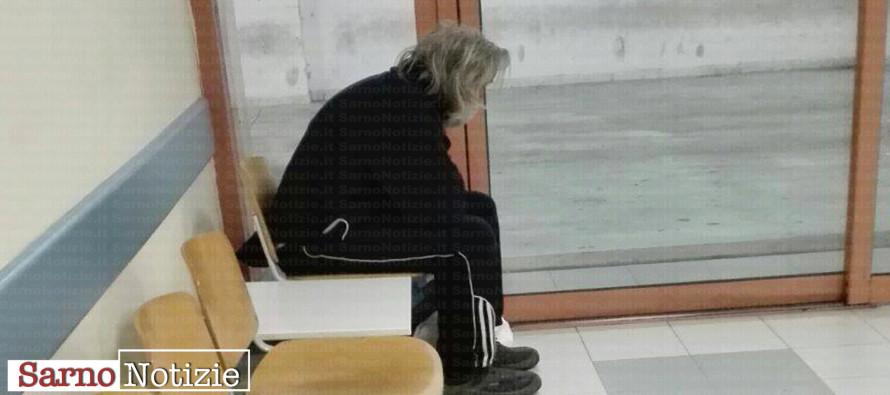 Uomo abbandonato al pronto soccorso, attivati i servizi sociali