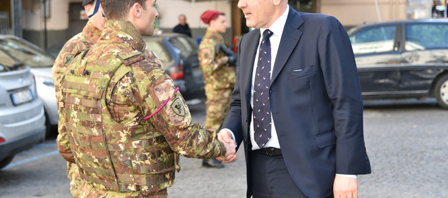 """Il Sottosegretario alla Difesa incontra i militari di """"Strade Sicure"""""""