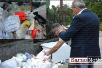 """""""Questi rifiuti non sono nostri"""". Consigliere e Sarim aprono i sacchi e trovano bollette intestate ai residenti"""
