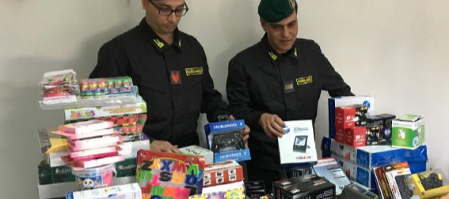 Giocattoli pericolosi: maxi-sequestro a Scafati e Sarno