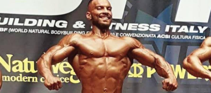 Aniello Cascella sul podio al Campionato Italiano NBFI. Intervista al campione: tutti i consigli su alimentazione ed allenamenti…