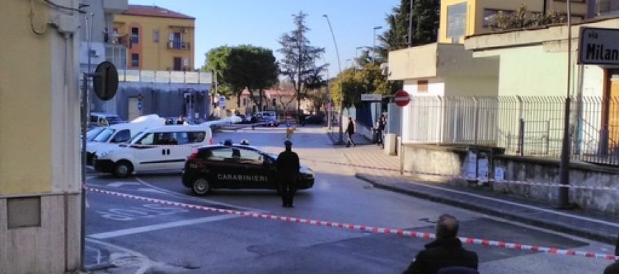 Tragedia davanti la caserma di Battipaglia: carabiniere suicida con l'arma di servizio