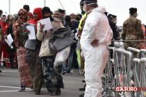 Nuovo sbarco di migranti: in arrivo 400 profughi e un bimbo