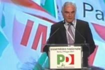 Canfora all'assemblea Pd: «Renzi a Sarno per anniversario della frana»