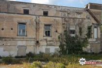 """Crollo all'ex Villa Malta, i residenti: """"Qualcuno intervenga prima che sia tardi"""""""