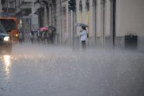 Allerta meteo, scuole chiuse a metà giornata