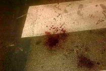 "Si uccide e scrive col sangue: ""Mi dispiace"""