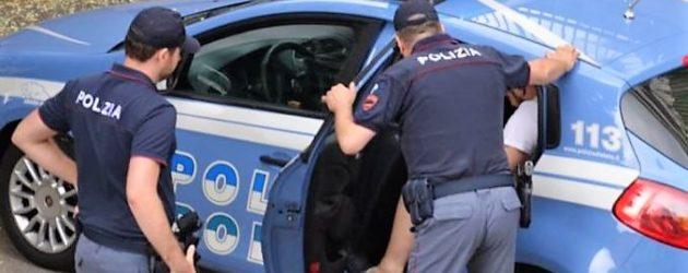 Agrigento, parcheggiatore abusivo nei guai, ribeccato dalla Polizia nel suo ''posto di lavoro''