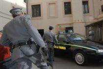 Concessioni edilizie con documenti falsi, 50 persone nei guai