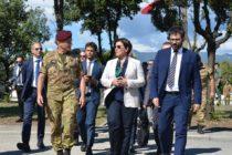 """Il Ministro Trenta visita i reparti della Garibaldi: """"L'operazione Strade Sicure è grandemente apprezzata dai cittadini"""""""