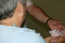 Truffa anziana e si fa dare 4mila euro. Arrestato