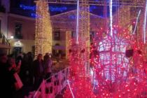 A Salerno inaugurate 'Luci d' artista' Assente per la prima volta il governatore Vincenzo De Luca