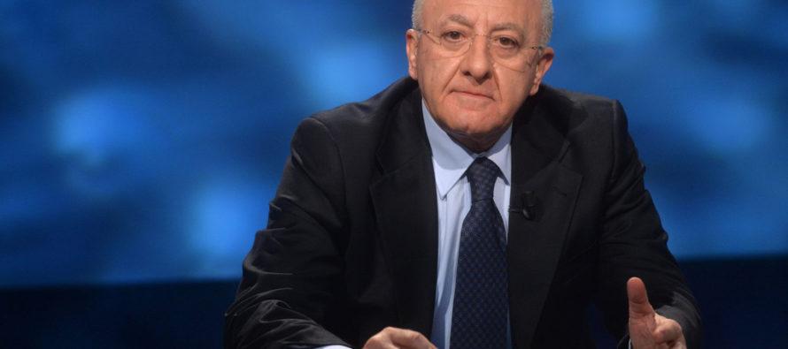 Rifiuti – De Luca: interessi criminali, bene Esercito contro i roghi   VIDEO