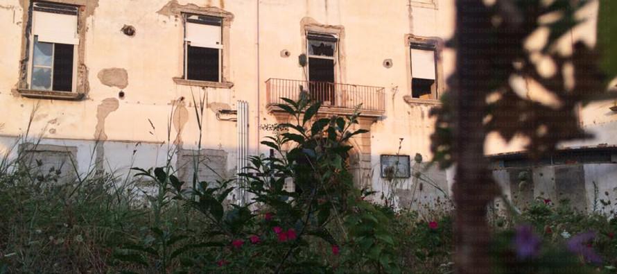 Degrado ex Villa Malta, la rabbia dei residenti