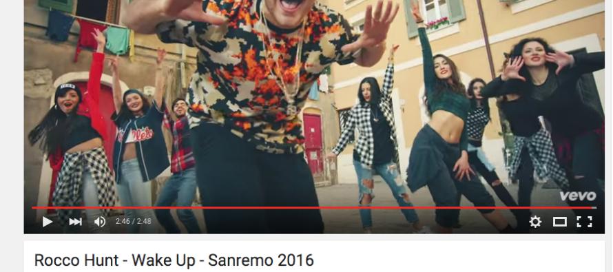 """Rocco Hunt conquista il popolo del web: """"Wake Up"""" è il video più visto di Sanremo"""