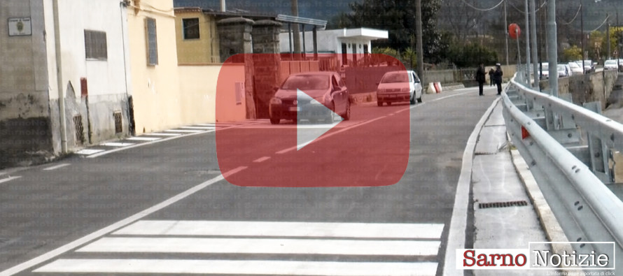 VIDEO | Strada crollata per il maltempo, dopo tre anni riapre