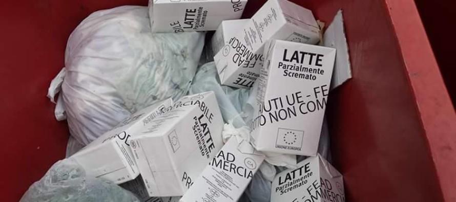 Alimenti per i bisognosi ritrovati nella spazzatura
