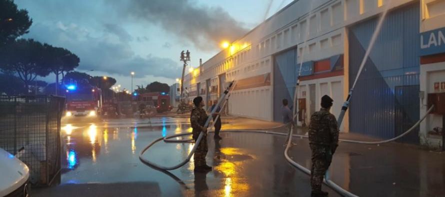 Incendio all'Interporto di Nola, interviene l'Esercito