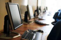 Raid a scuola: rubati computer e materiale didattico
