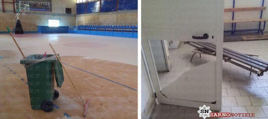 """Raid vandalico al Palazzetto dello Sport. """"Atto vergognoso"""""""