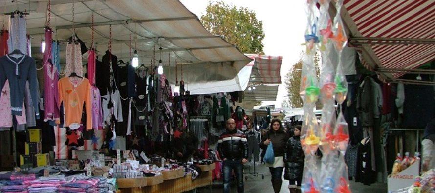 Mercato in crisi: costi più bassi per aiutare i commercianti