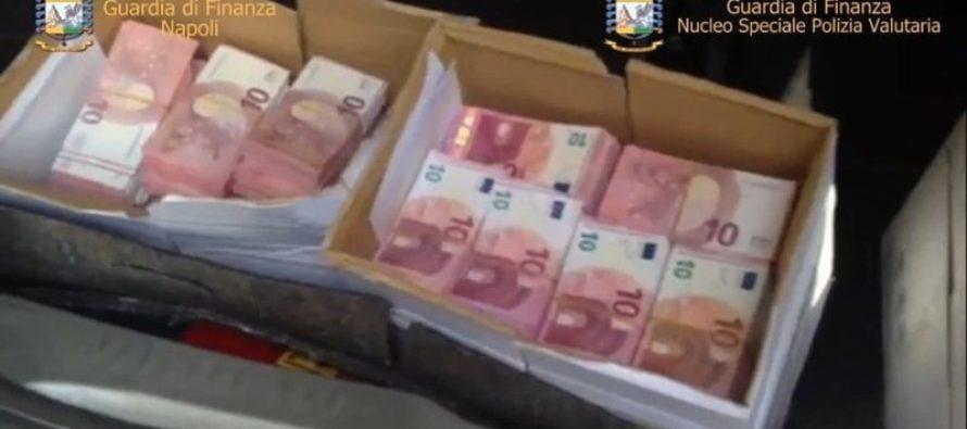Soldi falsi:60mila euro contraffatti in borsetta, arresto a Napoli