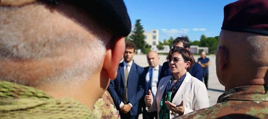 """Difesa: ministro Trenta a """"Il Mattino"""" sui roghi dei rifiuti, arrivano 200 militari"""