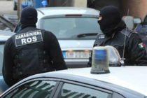 Furti e riciclaggio, 25 arresti tra rom salernitani