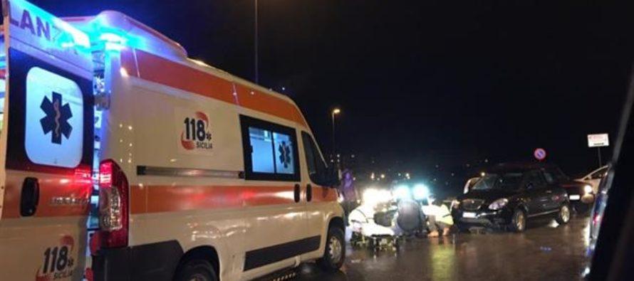 Terribile incidente nella notte: 4 giovani feriti gravemente